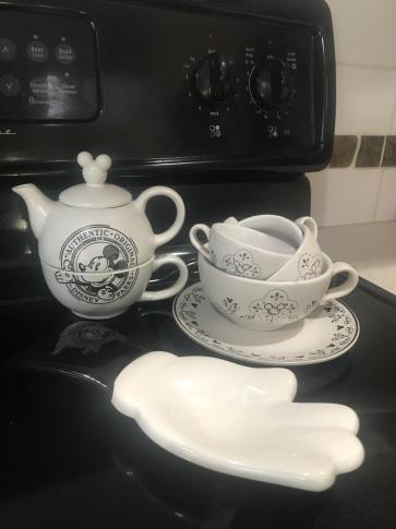 My mickey tea set
