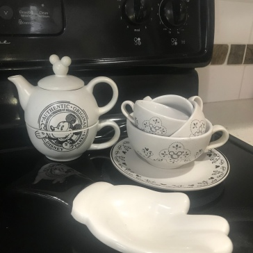 My mickey tea set